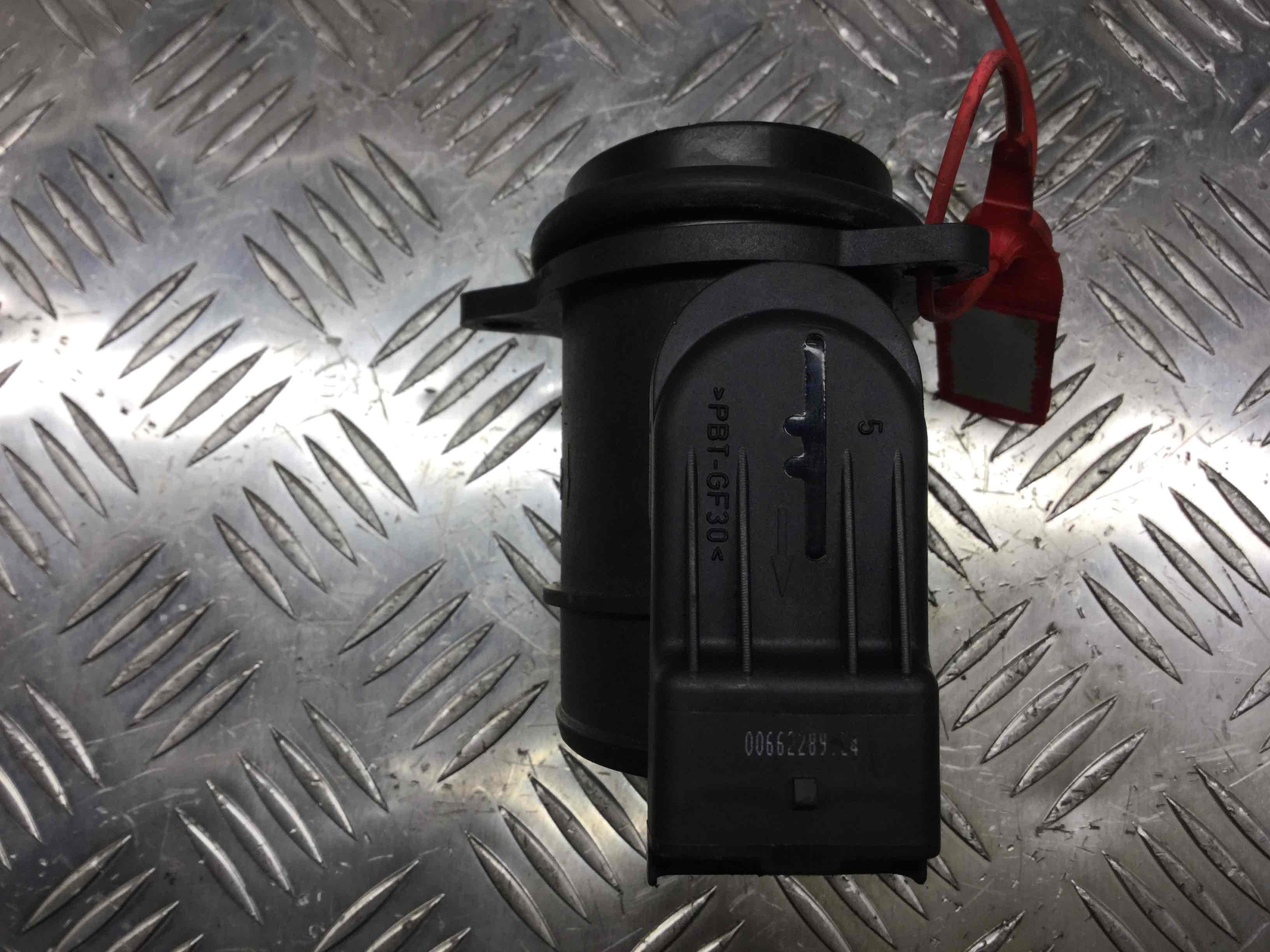 Фото 'Peugeot 307 Расходомер воздуха 0066228904;   72834204 '